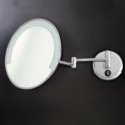 Зеркало увеличительное настенное с подсветкой Stilhaus SPECCHI ø 22 x 40 P см. хром