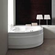 Акриловая ванна TREESSE Ronda 137х137 см.